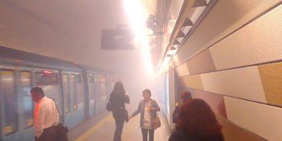 Falla mecánica en un vagón de metro llenó de humo una estación de la Línea 5