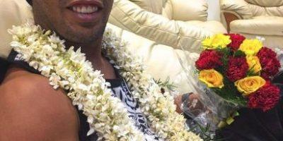 Ronaldinho causa una revolución en su regreso a Barcelona