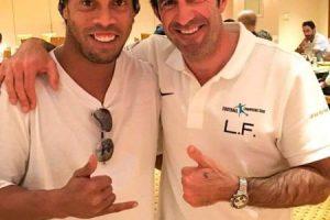 Se ha encontrado a viejos amigos como el portugués Luis Figo Foto:Vía instagram.com/ronaldinhooficial. Imagen Por: