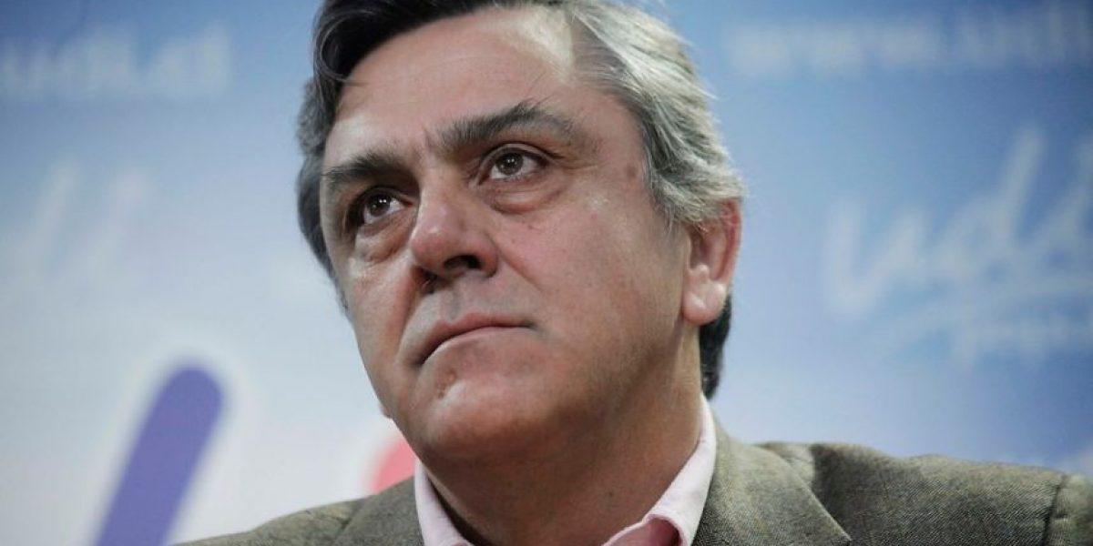 Longueira habría filtrado a ex gerente de SQM puntos claves de la reforma tributaria