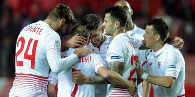 Marcelo Díaz volvió a las canchas en estrepitosa goleada del Sevilla al Celta de Vigo
