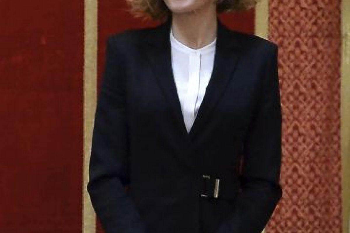 A continuación podrán observar más outfits de la reina Letizia que llamaron la atención de las cámaras por hacerla lucir espectacular. Foto:Getty Images. Imagen Por: