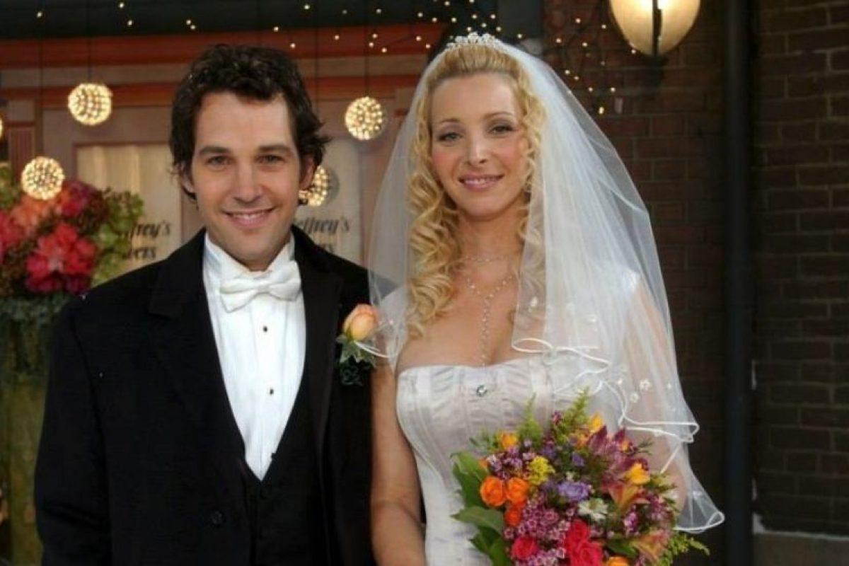 """Paul Rudd. Interpretó a """"Mike Hannigan"""", el desconocido que se convirtió en el esposo de """"Phoebe"""". Foto:Warner. Imagen Por:"""