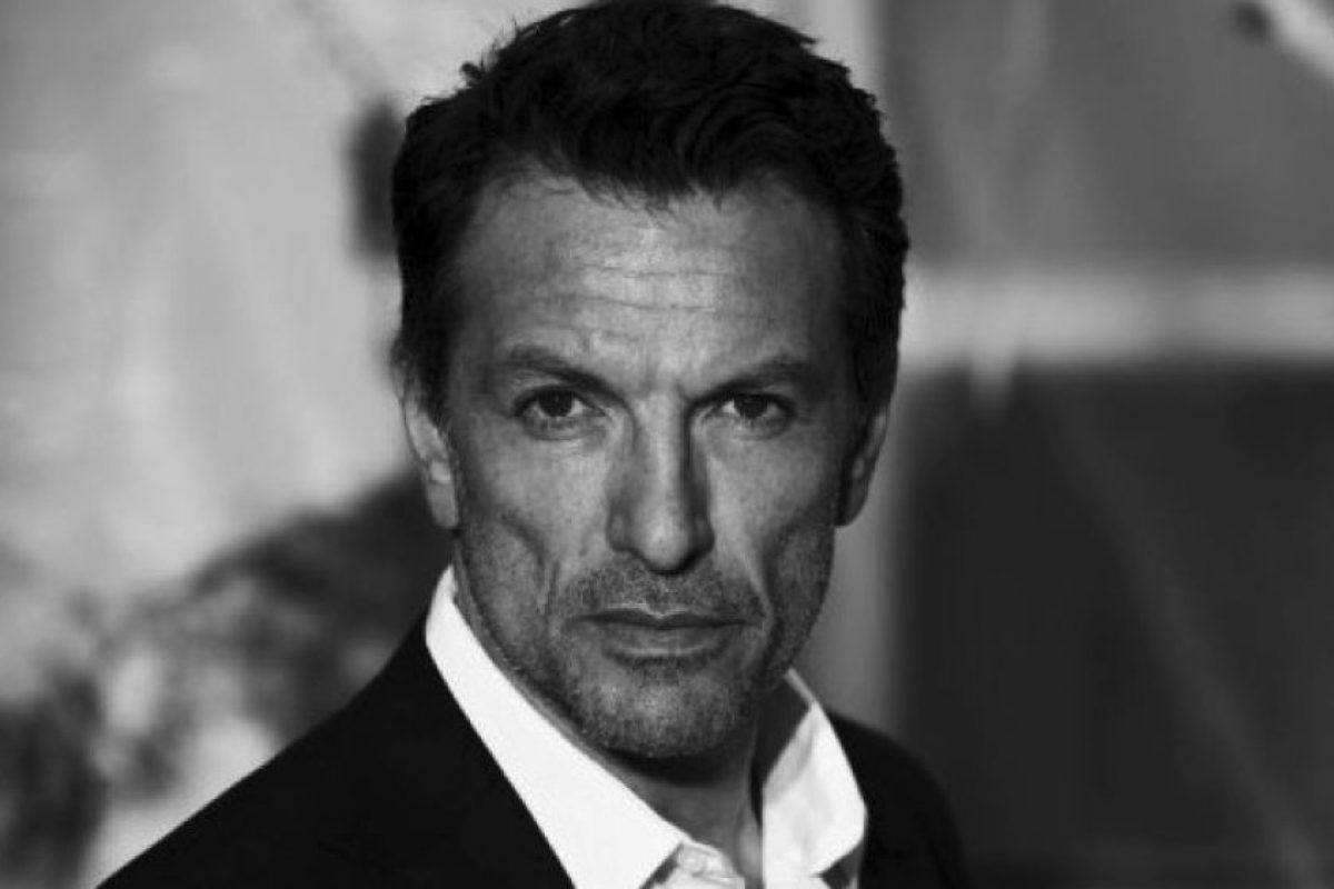 """Ahora tiene 52 años y es más recordado por su aparición en la película """"Ángeles y demonios"""" Foto:IMBD. Imagen Por:"""