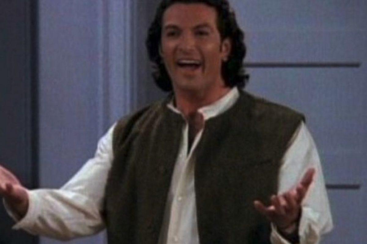 "Cosimo Fusco. Interpretó a ""Paolo"", el novio italiano de ""Rachel"" Foto:YouTube. Imagen Por:"