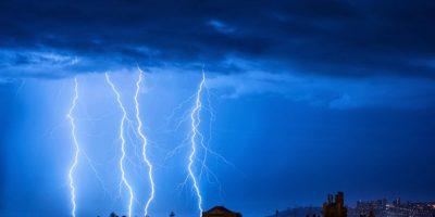 Anticipan tormentas eléctricas y fuertes vientos desde La Araucanía al sur