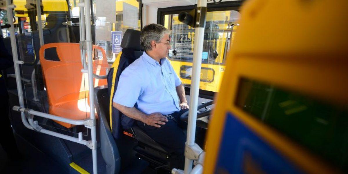 Cae número de conductores del Transantaigo multados por no detenerse en paraderos