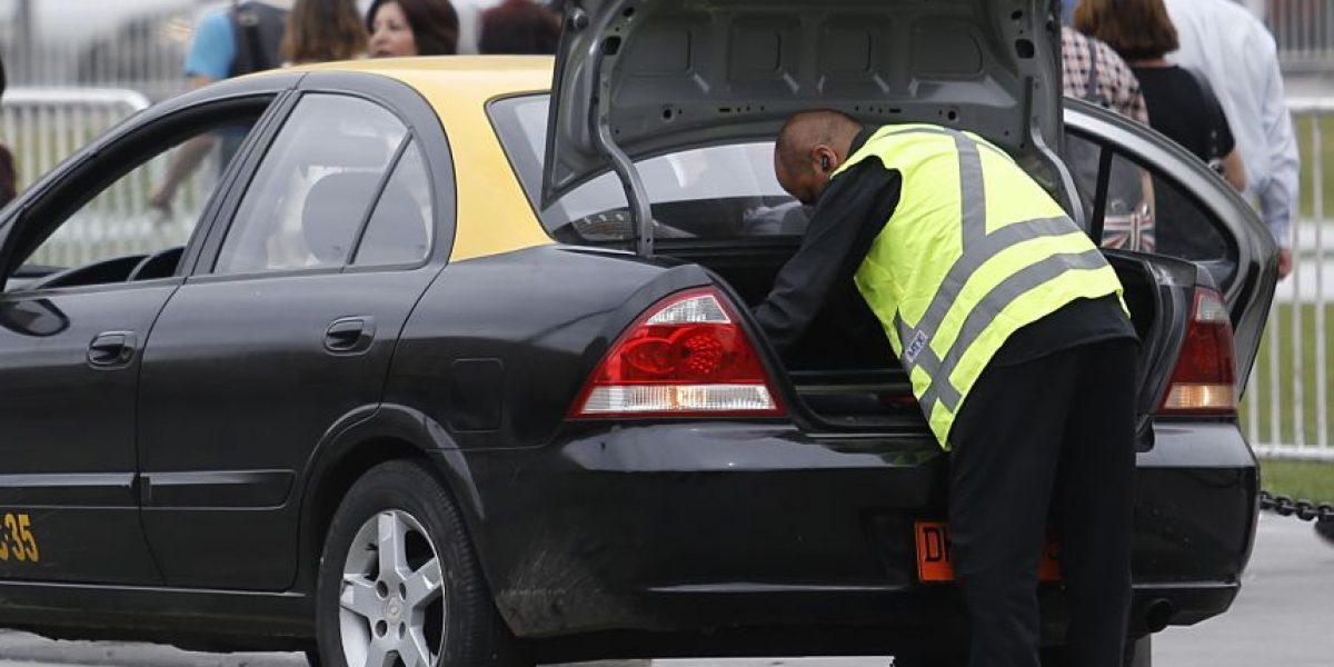 En año de elecciones: Contraloría prohibirá a municipios regalar chalecos reflectantes