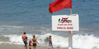Decretan prohibición de baño en Santo Domingo y El Tabo por fragata portuguesa