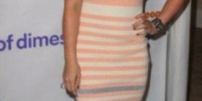 El gimnasio ha hecho efecto: Hilary Duff presume su torneado abdomen