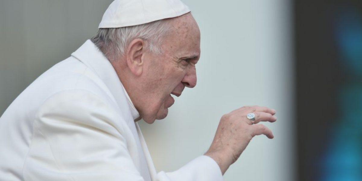 El papa llama a ayudar a los sirios que huyen de la guerra