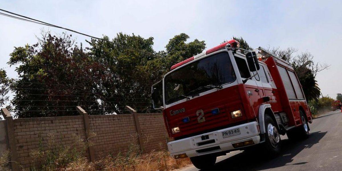 Evacuan a vecinos de Colina por rotura de cañería en relave
