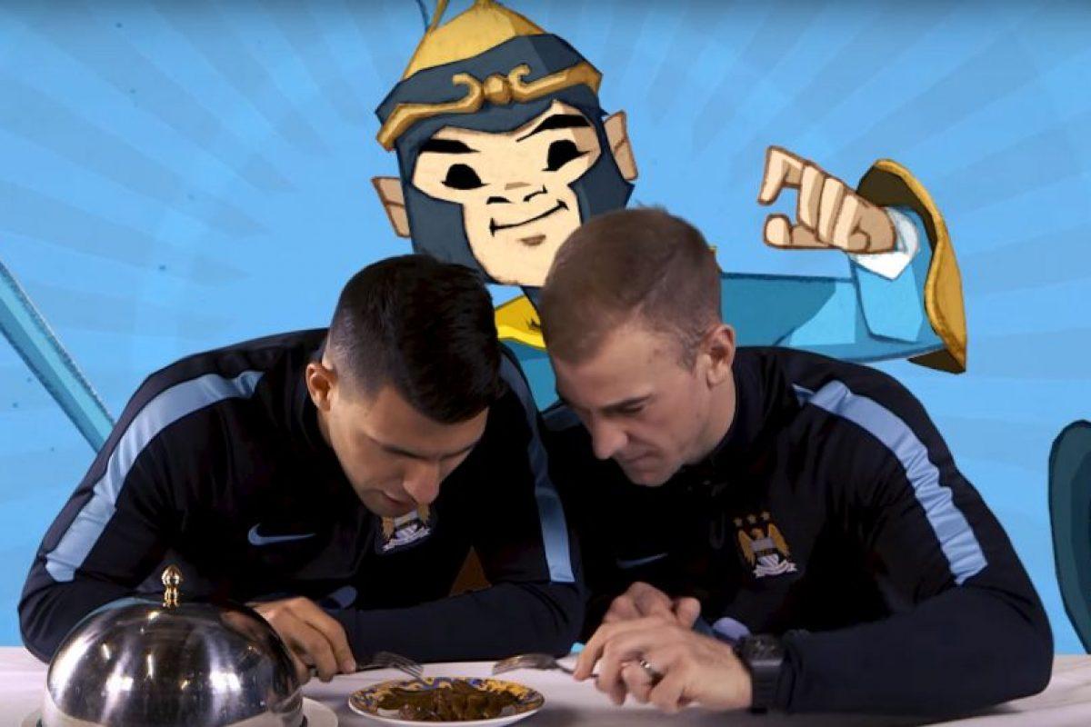 Ellos tuvieron que probar diferentes platillos chinos. Foto:YouTube Manchester City FC. Imagen Por: