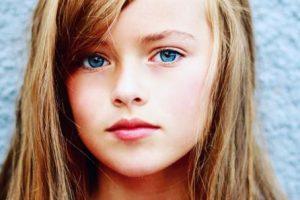 Su madre también es modelo. Foto:vía Facebook/Kristina Pimenova. Imagen Por: