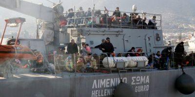 Al menos 33 muertos en dos naufragios de refugiados ante las costas turcas