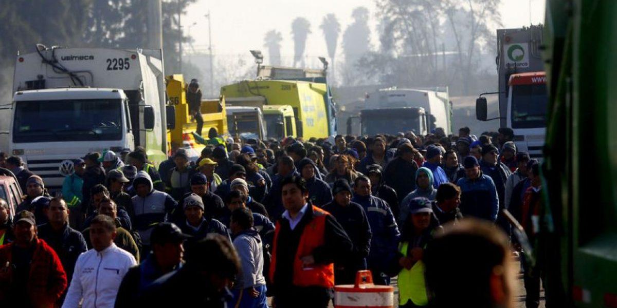 Recolectores anuncian paro en la Región Metropolitana para este martes