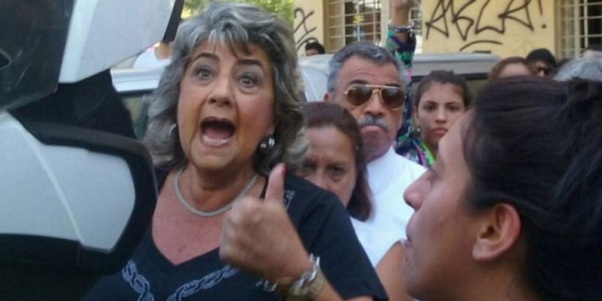 Alcaldesa Reginato repele robo de lujoso auto frente a la Municipalidad de Viña