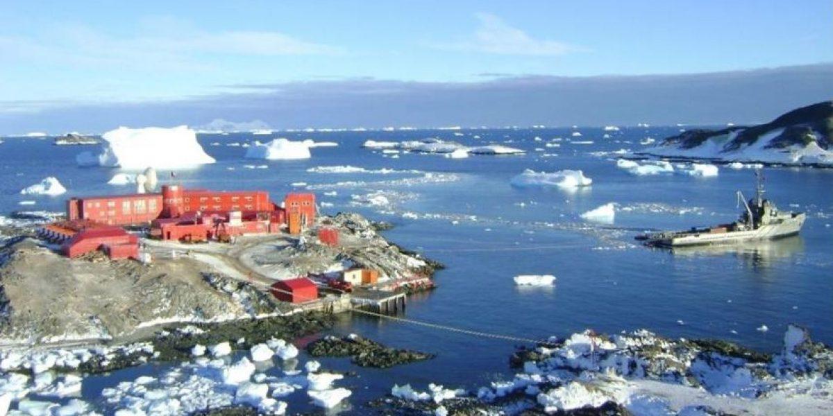 Buque de la Armada encabezará en la Antártica 54 proyectos científicos