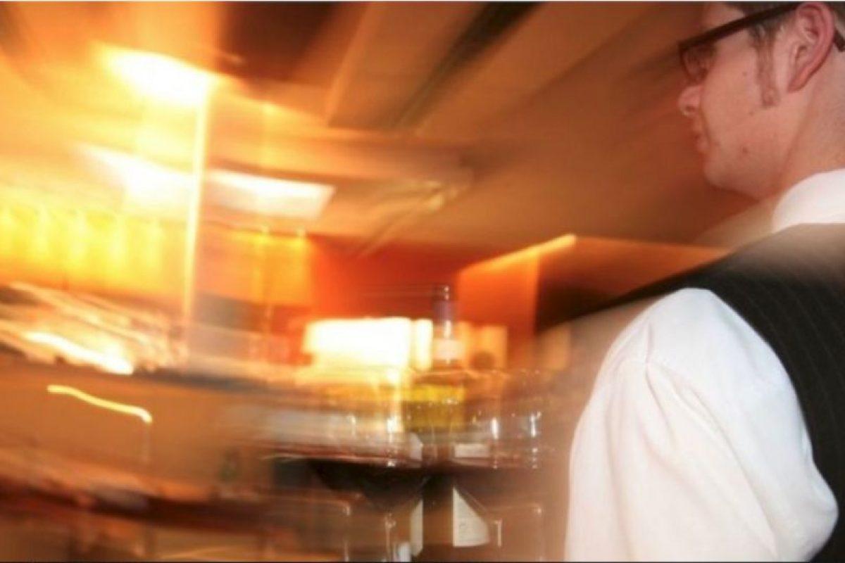 2. En mayo de 2012 mientras su familia lloraba su muerte. Hamdi Hafez al-Nubi, un mesero de 28 años revivió después de sufrir un infarto cardiaco Foto:Getty Images