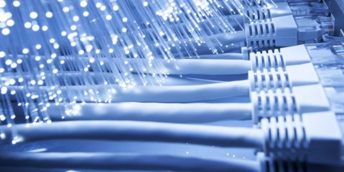 Chile invertirá más de 100 millones de dólares en fibra óptica