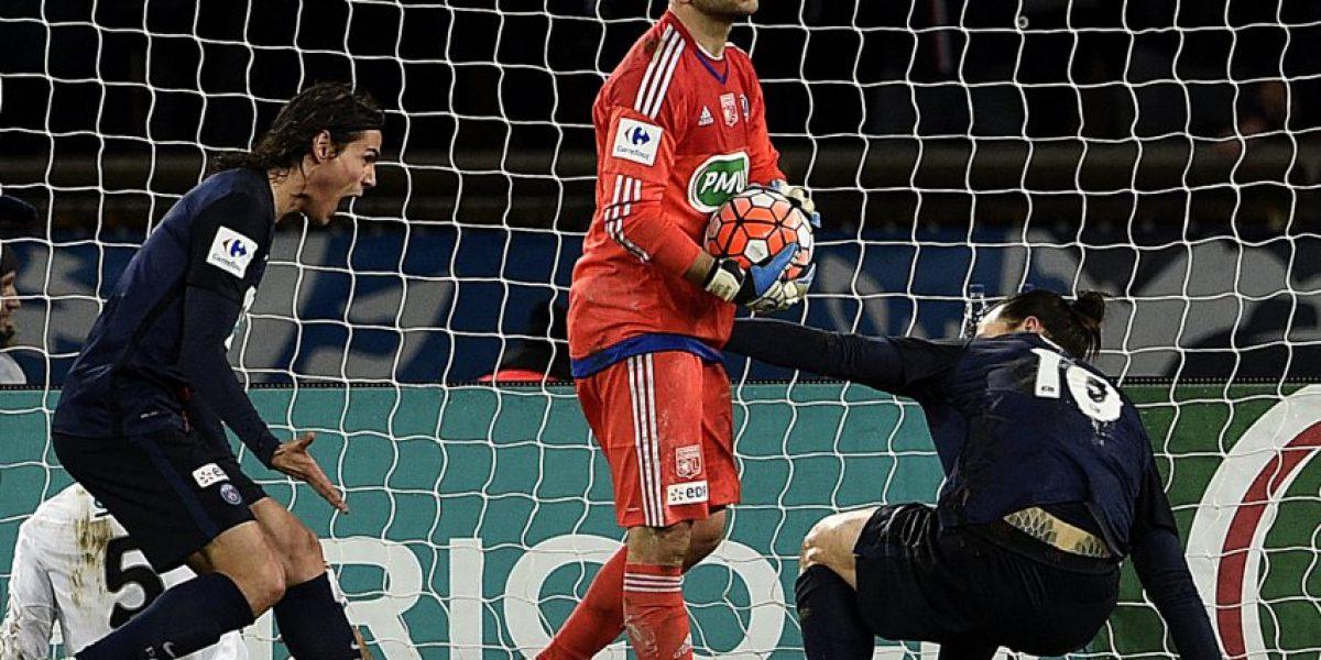 Sigue sorprendiendo: El golazo de Ibrahimovic para eliminar al Lyon en la Copa de Francia