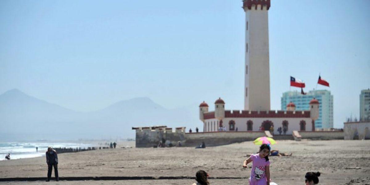 Alcalde de La Serena niega haber prohibido entrega de texto boliviano