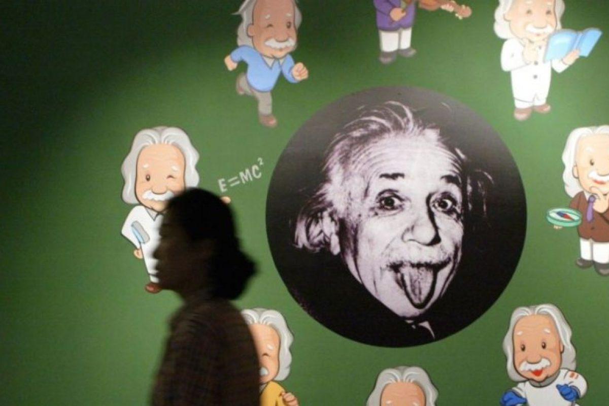 3. Problemas físicos en su infancia- Al nacer sus padres notaron que tenía la cabeza más grande y creyeron que era una malformación. También sufrió sobrepeso. Foto:Getty Images. Imagen Por: