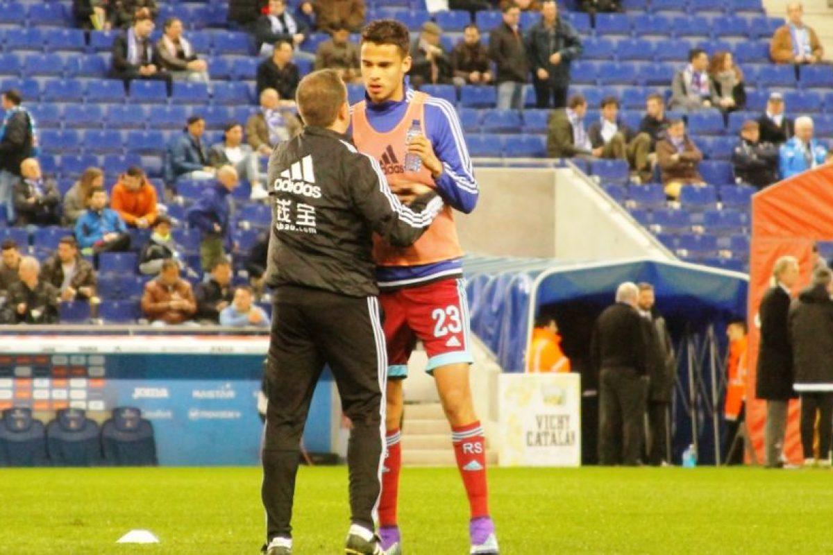 Diego Reyes regresó a la titularidad de la Real Sociedad después de casi dos meses Foto:Ramón Mompió. Imagen Por: