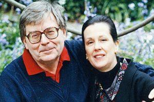 2. Los esposos Edward Thomas Downes y Joan Thomas realizaron su suicidio asistido en pareja en 2009, en Suiza. Foto:BBC. Imagen Por: