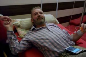 Simon Binner acudió a una clínica de suicidio asistido en Suiza. Foto:BBC. Imagen Por: