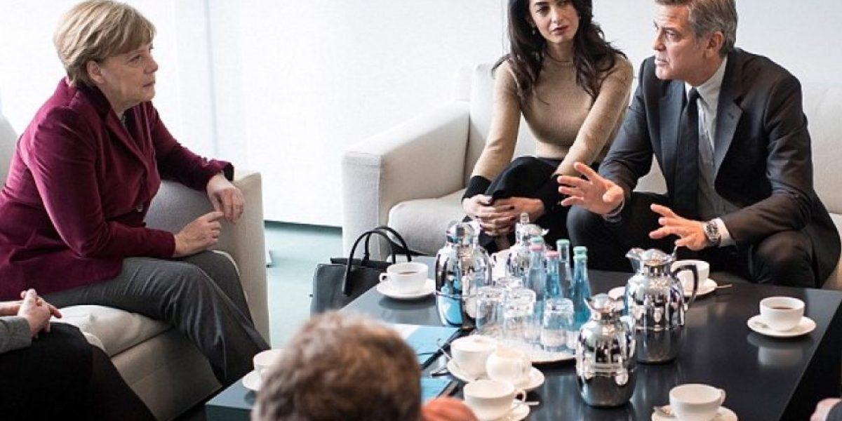 Merkel y George Clooney se reúnen por la crisis de los refugiados