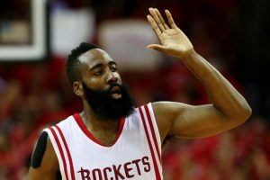 Su barba es la más famosa de la NBA, pero el jugador de Houston Rockets no tiene pareja, luego de una relación con la socialité Khloé Kardashian. Foto:Getty Images. Imagen Por: