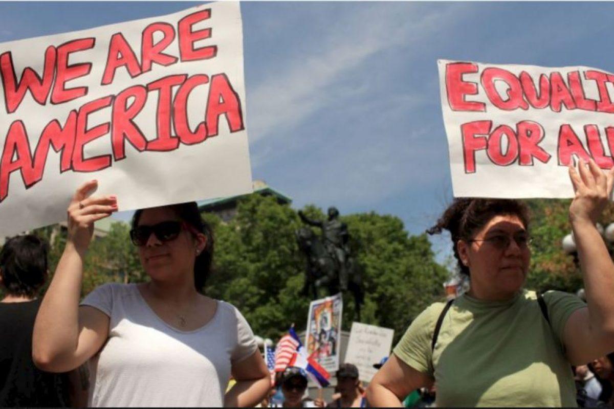 """El senador de Tennesee, también republicano, comparó a las mujeres embarazadas inmigrantes con una plaga de ratas en 2010. Ante un programa de salud para estas mujeres, financiado por el gobierno, el senador se opuso y mencionó que las mujeres embarazadas """"se multiplicarían como ratas"""" por este programa. Foto:Getty Images. Imagen Por:"""