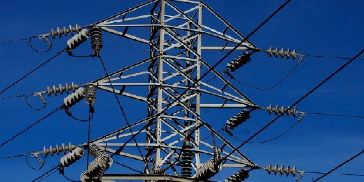 Chile inicia exportación de electricidad a Argentina