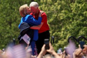 Bill y Hillary Clinton Foto: Getty Images. Imagen Por: