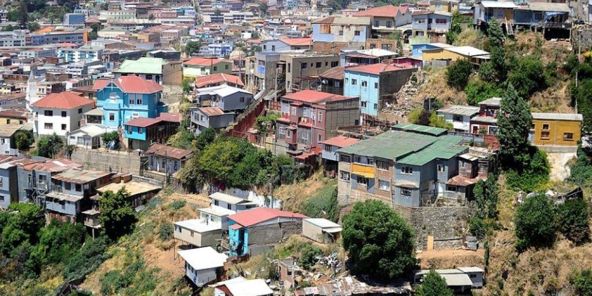 """Era un menor de edad: detienen al llamado """"depravado de Placeres"""" en Valparaíso"""