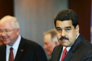 Como en la mayoría de constituciones de los países en América, la de Venezuela obliga a que el presidente haya nacido en el país. Foto:Getty Images. Imagen Por: