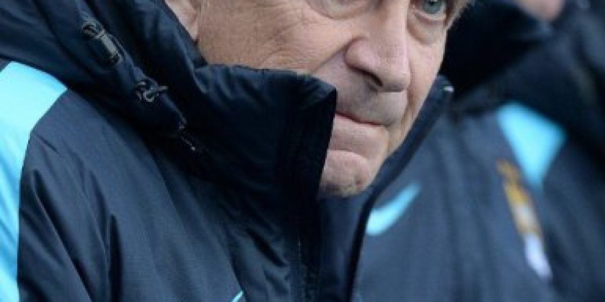Manuel Pellegrini culpó al árbitro de su duro tropiezo ante Tottenham