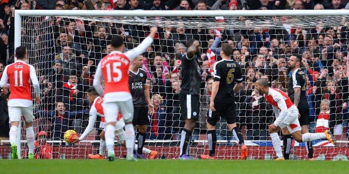 Arsenal y Alexis pudieron vulnerar al líder Leicester City en un emocionante triunfo