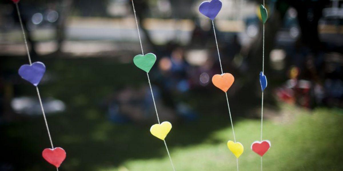 Hasta matrimonios igualitarios simbólicos hubo en los picnic del Movilh