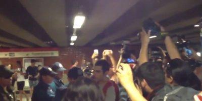 Accesos controlados marca inicio de protesta contra alza del pasaje en el Metro