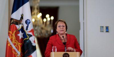 Cadem: Bachelet aumentó su aprobación por tercera semana consecutiva