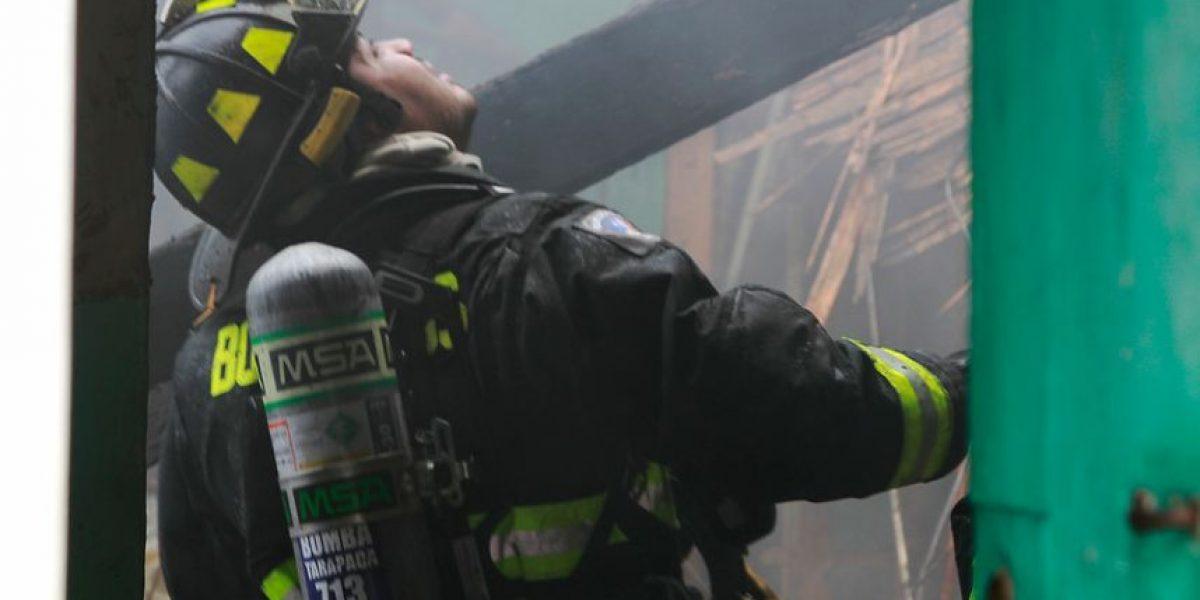 Malloco: madre encerró a sus hijos, roció combustible y encendió fuego a la casa