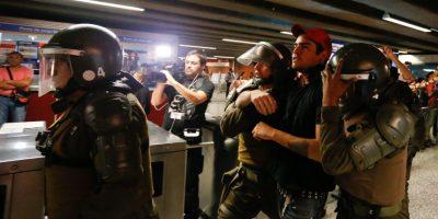 Con detenidos finalizó segunda protesta por alza en pasaje del Metro