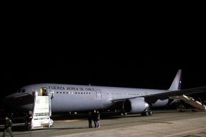 Avión presidencial Foto:Agencia UNO. Imagen Por: