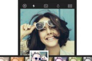 Tiene más de 15 filtros que pueden aplicar en vivo, siete lentes de cámara (como ojo de pez, cámara de juguete y lentes divididos), temporizador, modo sonrisa, silencioso o antivibración, compatibilidad con selfie stick, detección facial automática para la función de belleza, entre otras características más. Foto:SK COMMUNICATIONS Co.,LTD. Imagen Por: