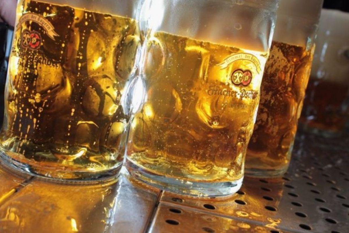 Emborracharse puede afectar a otras personas. Foto:Getty Images. Imagen Por: