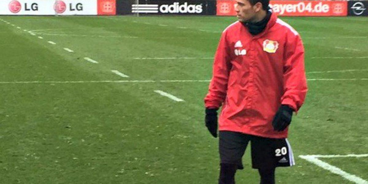 Se acerca el regreso: Aránguiz culmina su primera práctica en el Leverkusen tras seis meses