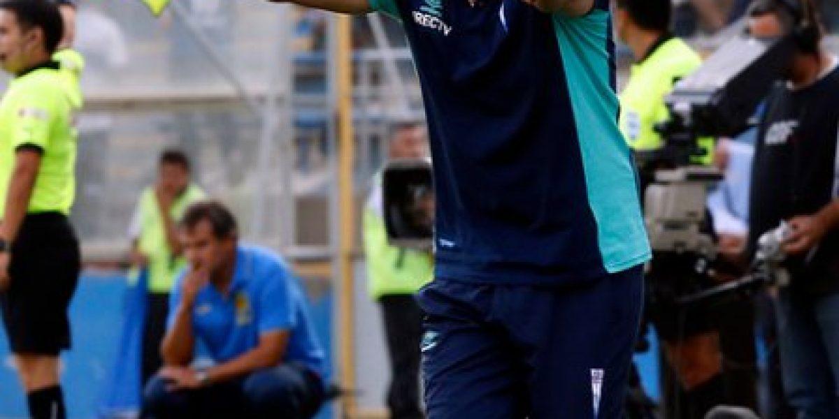 Mario Salas no podrá dirigir a la UC en el partido ante O