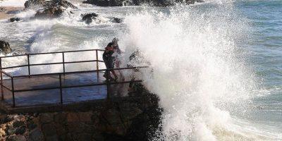 """Armada y marejadas con olas de 4,5 metros: """"No esperamos que sean tan destructivas"""""""